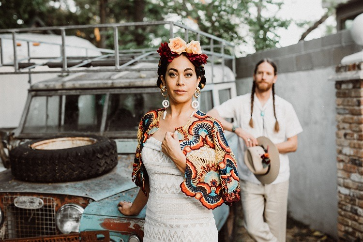 Frida-Styled-Shoot-Bride-at-front-of-Truck