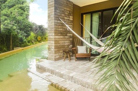 Swim-Up Garden with Hammock