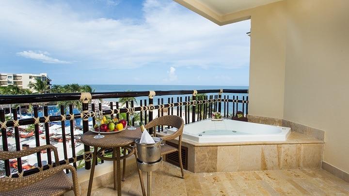 Preferred Club Ocean View Balcony - Dreams Riviera Cancun