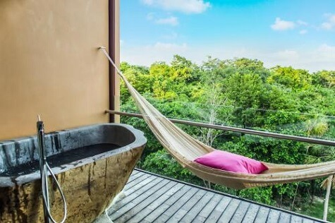 Garden Suite Spa Balcony