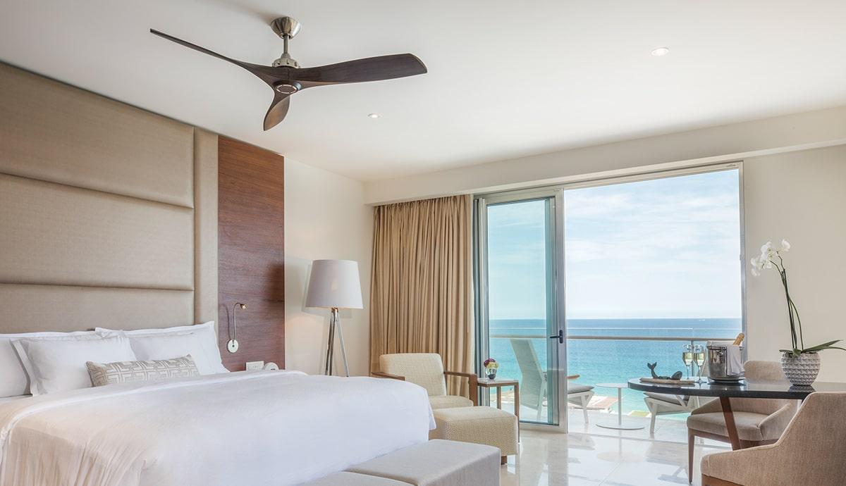 Honeymoon Suite with Ocean View - Bedroom